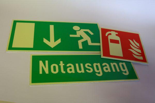 Brandschutzschilder, Schilder für Feuermelder, Notausgang- Fluchtwegsschilder