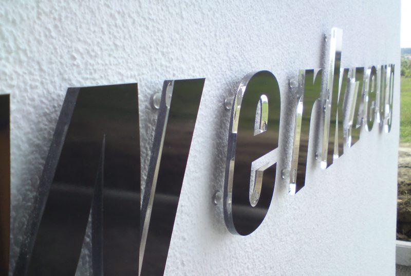 Profilbuchstaben außen