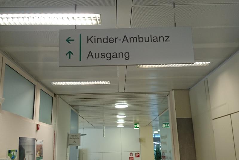 Deckenabhänger Leitsystem Klinik